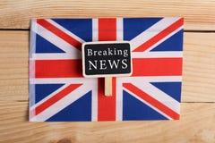 Konzeptnews - feeds - letzte Nachrichten, Großbritannien-country& x27; s-Flagge, Tafel und die Text letzten Nachrichten lizenzfreie stockfotos