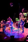 Konzert der Gruppe des Indie Pops, Champagne am 24. April 2009 stockbild