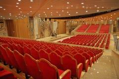 Konzertsaal in der Kirche Stockbild