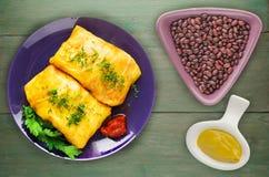 Koolbroodjes in een plaat vlees in kool hoogste mening Royalty-vrije Stock Afbeeldingen