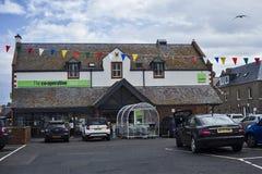 Kooperatywny karmowy sklep w Eyemouth w Szkocja UK 07 08 2015 Obrazy Stock