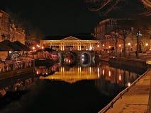 Koornbrug in Leiden-Nachtzeit stockbilder