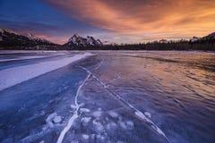 Χειμερινό ηλιοβασίλεμα σε Kootenay σαφές ER Στοκ εικόνες με δικαίωμα ελεύθερης χρήσης