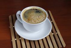 Kop coffe op lijst Stock Afbeeldingen