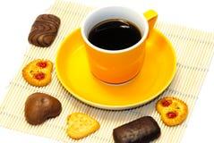 Kop koffie en koekjes Stock Afbeeldingen