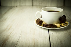 Kop koffie en snoepjes Royalty-vrije Stock Fotografie