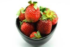 Kop sappige Aardbeien, vers, vitaminen Stock Foto