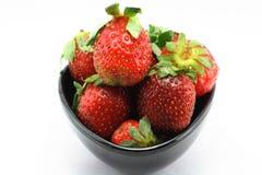 Kop sappige Aardbeien, vers, vitaminen Stock Foto's