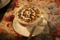 Kop van cuppuccino-rossiano; Stock Afbeeldingen