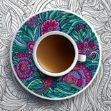 Kop van koffie en bloemenornament Stock Foto's