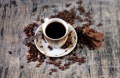 Kop van koffie en chocolade Royalty-vrije Stock Afbeeldingen