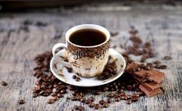 Kop van koffie en chocolade Stock Foto's