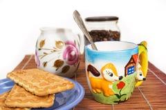 Kop van koffie en een snack Royalty-vrije Stock Fotografie