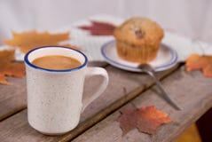 Kop van Koffie en muffin Royalty-vrije Stock Foto