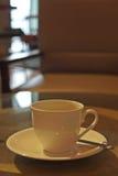kop van koffie in koffiewinkel Stock Foto