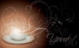 Kop van koffie met bloemenachtergrond Royalty-vrije Stock Foto