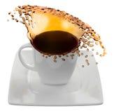 Kop van koffie met plonsen, op wit wordt geïsoleerd dat Stock Afbeelding