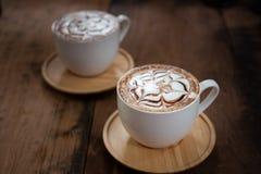 Kop van koffie op een houten lijst Royalty-vrije Stock Afbeelding