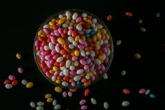 Kop van Sugar Coated Colorful Fennel Seeds stock afbeelding