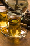 Kop van Turkse thee en waterpijp Royalty-vrije Stock Foto