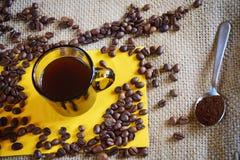 Kop van verse koffie Royalty-vrije Stock Foto's