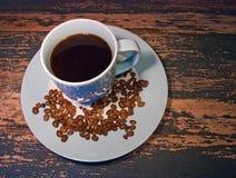 Kop van zwarte koffie en droogtekoffie Royalty-vrije Stock Foto
