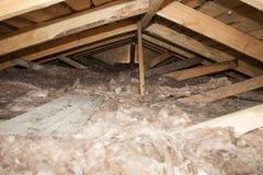 Kopalnej wełny sterta na budowie - termiczna izolacja dom Zdjęcia Stock