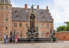 Kopenhaga, Dani, Frederiksborg kasztel fontanna Neptune obraz stock