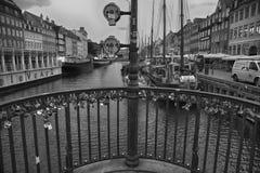 KOPENHAGA DANI, SIERPIEŃ, - 15, 2016: Czarny i biały fotografia, bo Fotografia Royalty Free