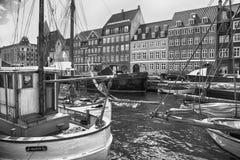 KOPENHAGA DANI, SIERPIEŃ, - 14, 2016: Czarny i biały fotografia, bo Zdjęcia Stock