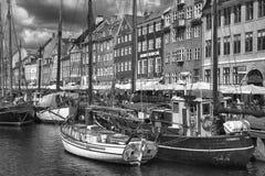 KOPENHAGA DANI, SIERPIEŃ, - 14, 2016: Czarny i biały fotografia, bo Obrazy Stock