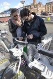 KOPENHAGA miasta ELEKTRYCZNI rowery Obraz Royalty Free