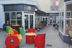 Kopenhagen, Dänemark - 24. August 2017: Schönes Kaffeehaus am frühen Morgen lizenzfreies stockbild