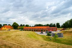Kopenhagen, Denemarken - Juli 10, 2018 Vesting Castellet, Mooie architectuur De gele bouw met mooie vensters Stock Afbeeldingen