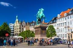 KOPENHAGEN, DENEMARKEN - MEI 29: Mening van Absalon-standbeeld op 29 Mei, Royalty-vrije Stock Afbeeldingen