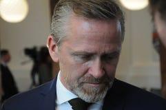 Kopenhagen/Denemarken 15 November 2018 _Danish minister voor buitenlandse zaken Anders Samuelsen L en minister voor defensie Clua royalty-vrije stock afbeelding