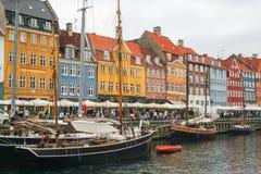 Kopenhagen - Nyhavn - der alte Hafen Stockbilder
