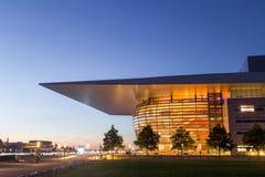 Kopenhagen-Opernhaus bis zum Nacht Stockfotografie
