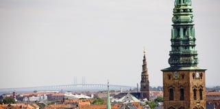 Kopenhagen und Kontrolltürme Lizenzfreie Stockbilder