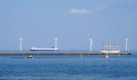 Kopenhagen-Windkraftanlagen Lizenzfreie Stockfotografie