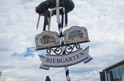 Kopenick biergarten teken, Berlijn, Duitsland royalty-vrije stock foto's