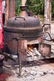 Koper potstills voor de vervaardiging van brandewijn alc Stock Foto