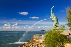 Kopf des Naka Statue-Spraywassers lizenzfreie stockfotos