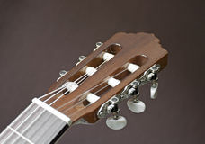 Kopf einer klassischen Gitarre Stockfoto