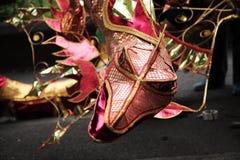 Kopf eines Drachen am Leeds-Karneval Stockbilder