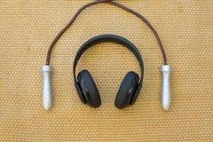 Kopfhörer und Seil Stockfotos