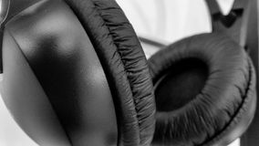 Kopfhörernahaufnahme auf weißem Hintergrund Lizenzfreies Stockbild
