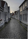 Kopfsteinstraße in Stavanger Stockfotografie