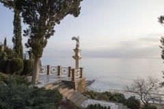 Kopia starożytny grek rzeźba Nike Samothrace w parku sanatoryjny Aivazovsky zdjęcia royalty free