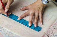 Kopiera modeller för att klippa ut kläder royaltyfri foto